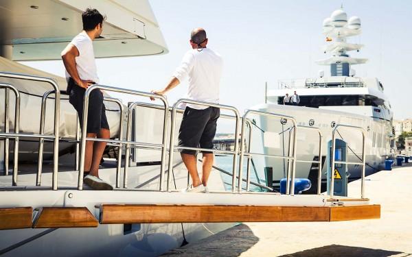 Luxury crew